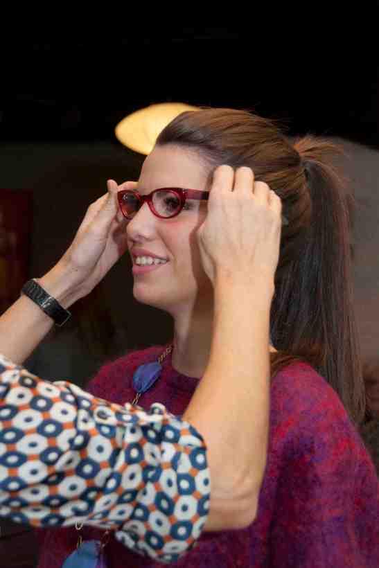 pilar con nuria con gafas