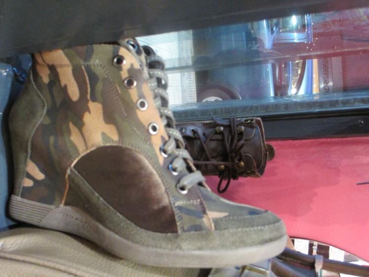 Sneakers Queen Shoes